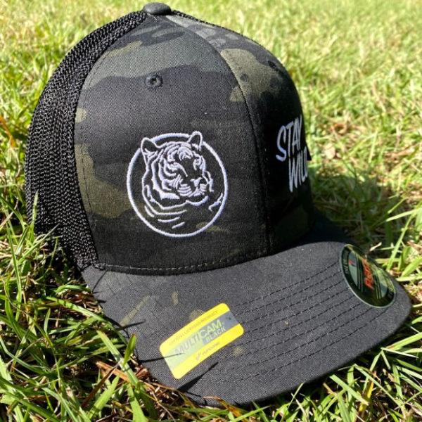 Flex Fit Hat in Black Multicam